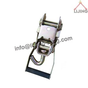 ratchet buckle with swivel hook